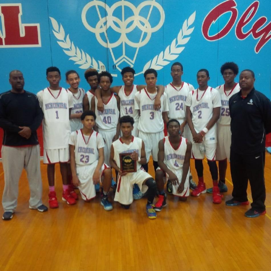 RC Freshmen Basketball Wins Thanksgiving Tourney